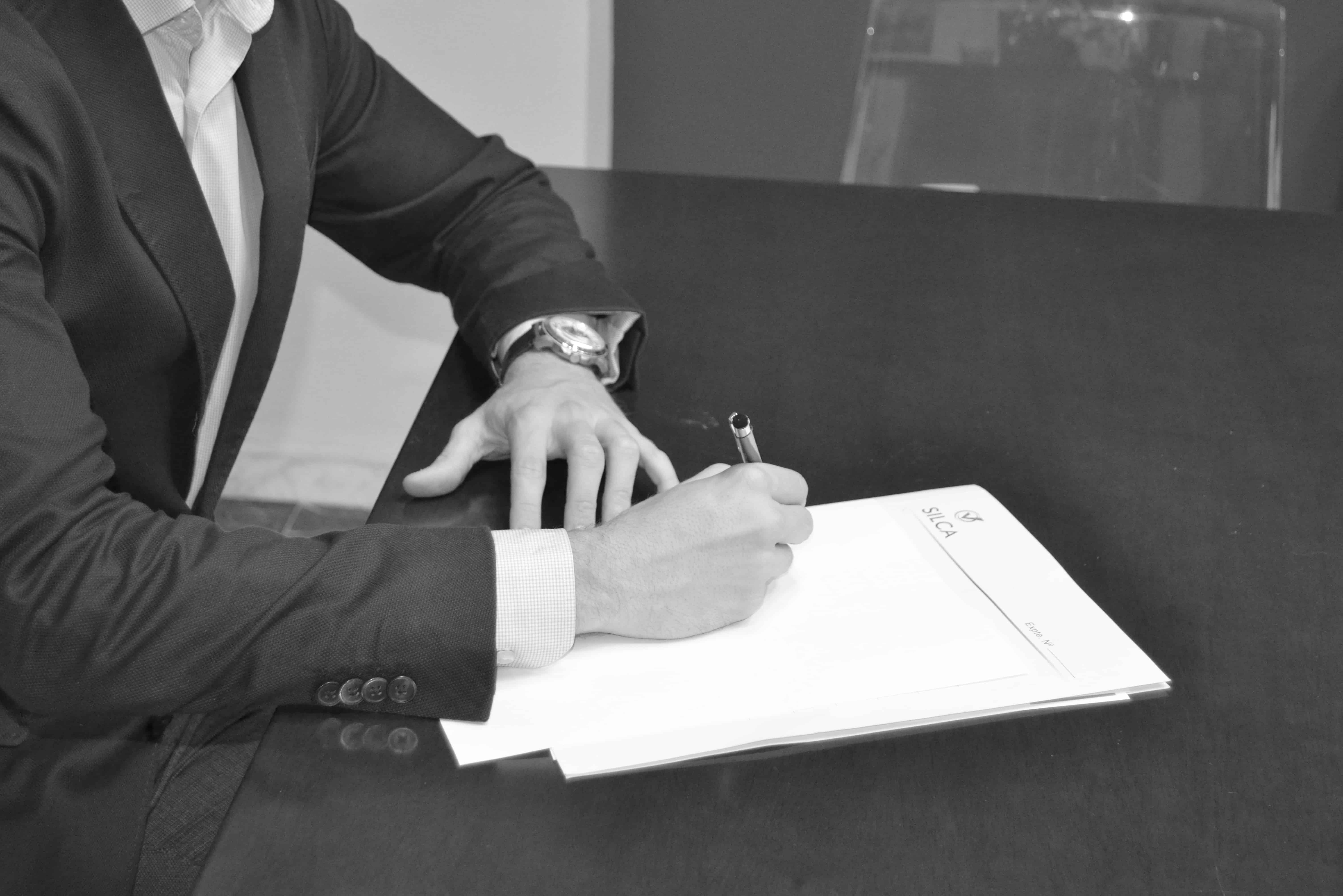 Abogado Firmando